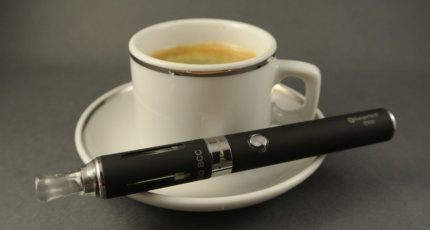 Darum können E- Zigaretten Ihnen helfen, das Rauchen aufzugeben